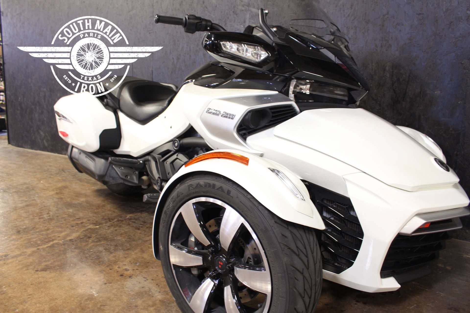 2018 Can-Am Spyder F3-T in Paris, Texas - Photo 4
