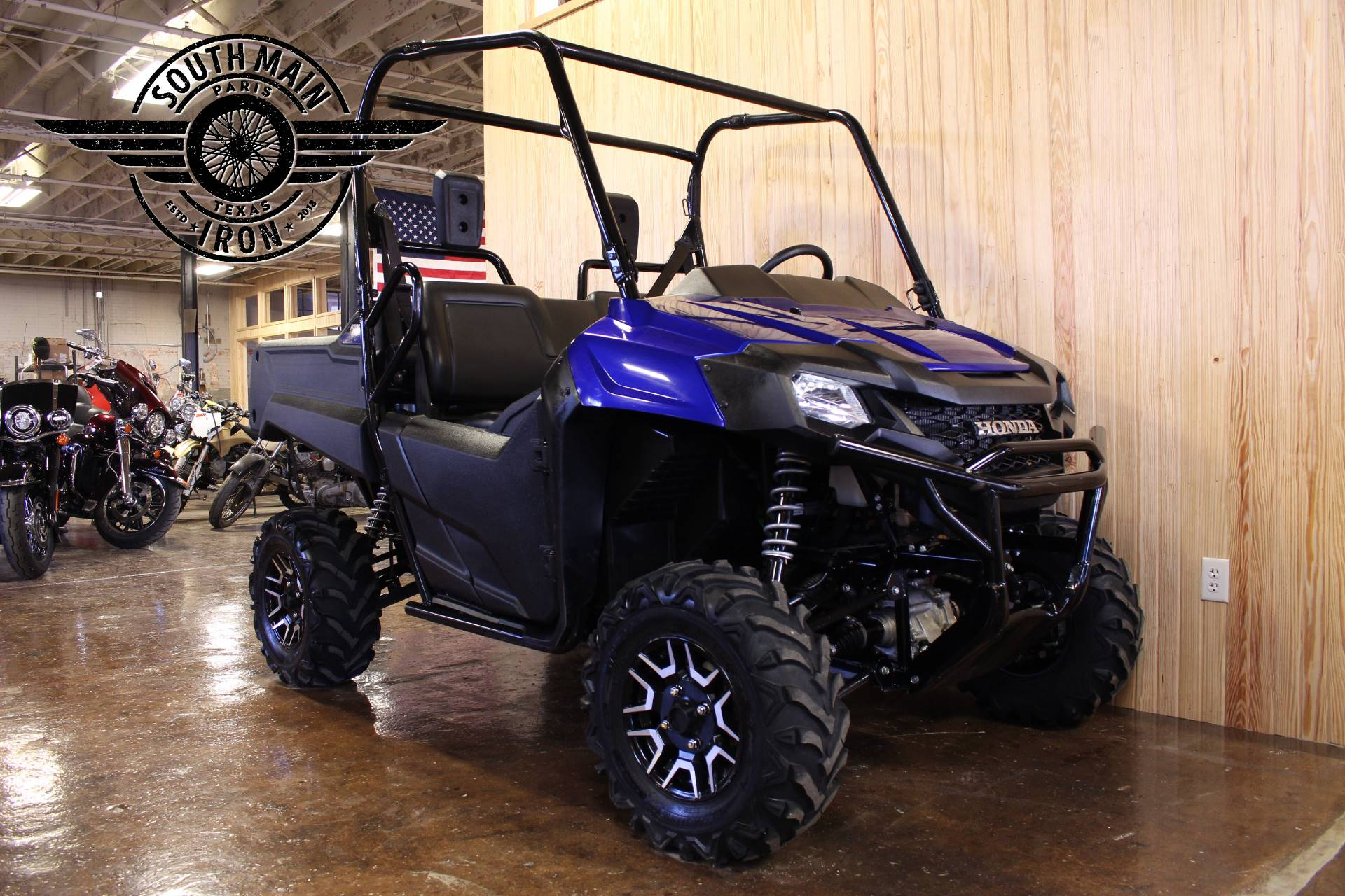 2017 Honda Pioneer 700 Deluxe in Paris, Texas - Photo 2