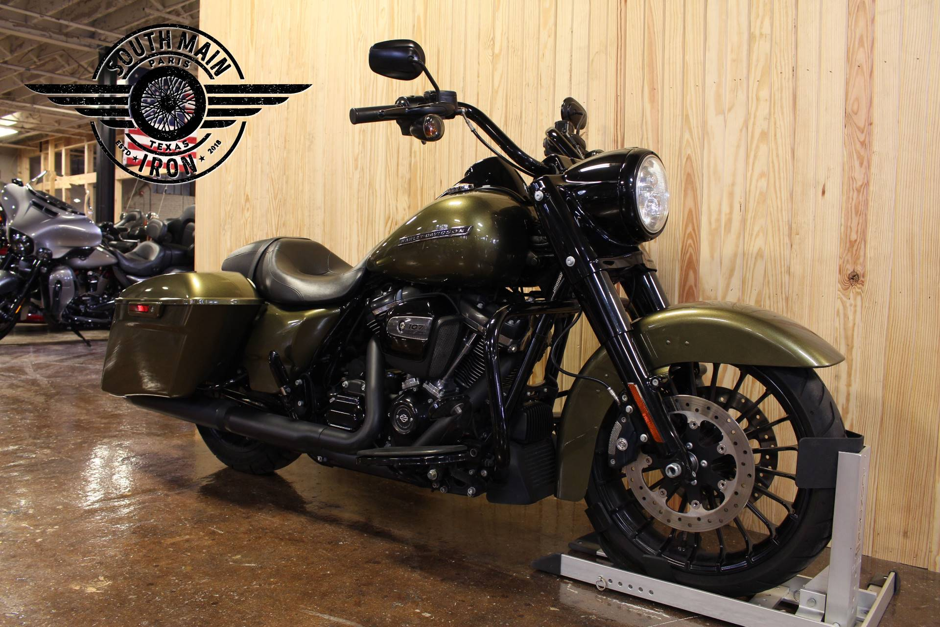 2017 Harley-Davidson Road King® Special in Paris, Texas - Photo 2