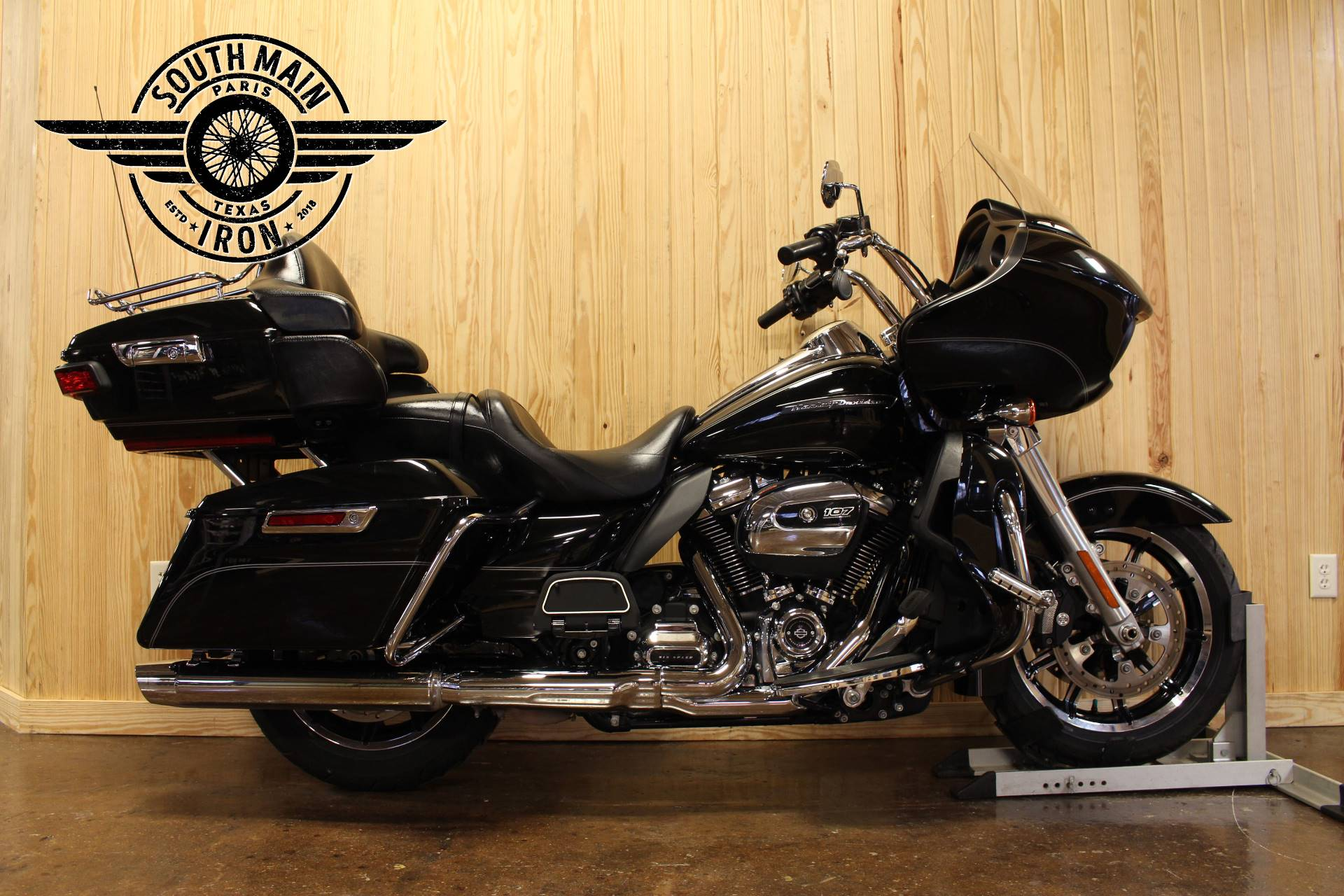 2017 Harley-Davidson Road Glide® Ultra in Paris, Texas - Photo 1