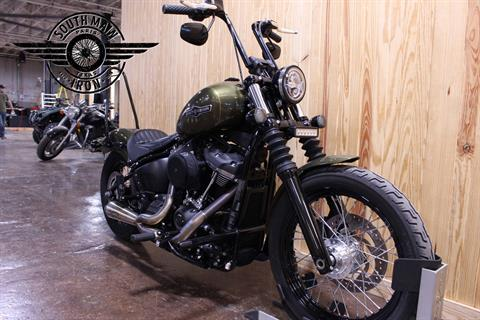 2018 Harley-Davidson Street Bob® 107 in Paris, Texas - Photo 4