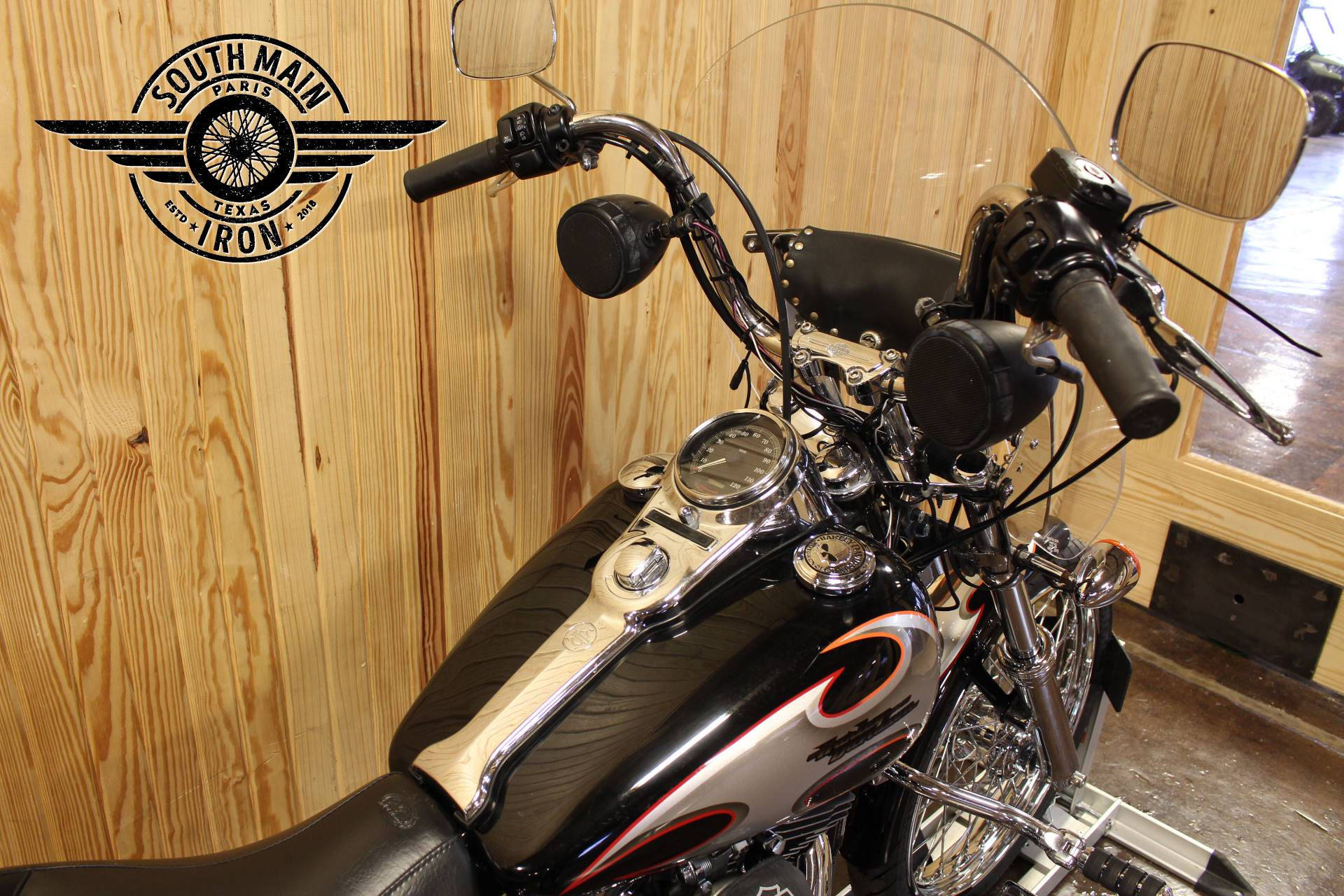 2002 Harley-Davidson FXDWG Dyna Wide Glide® in Paris, Texas - Photo 8