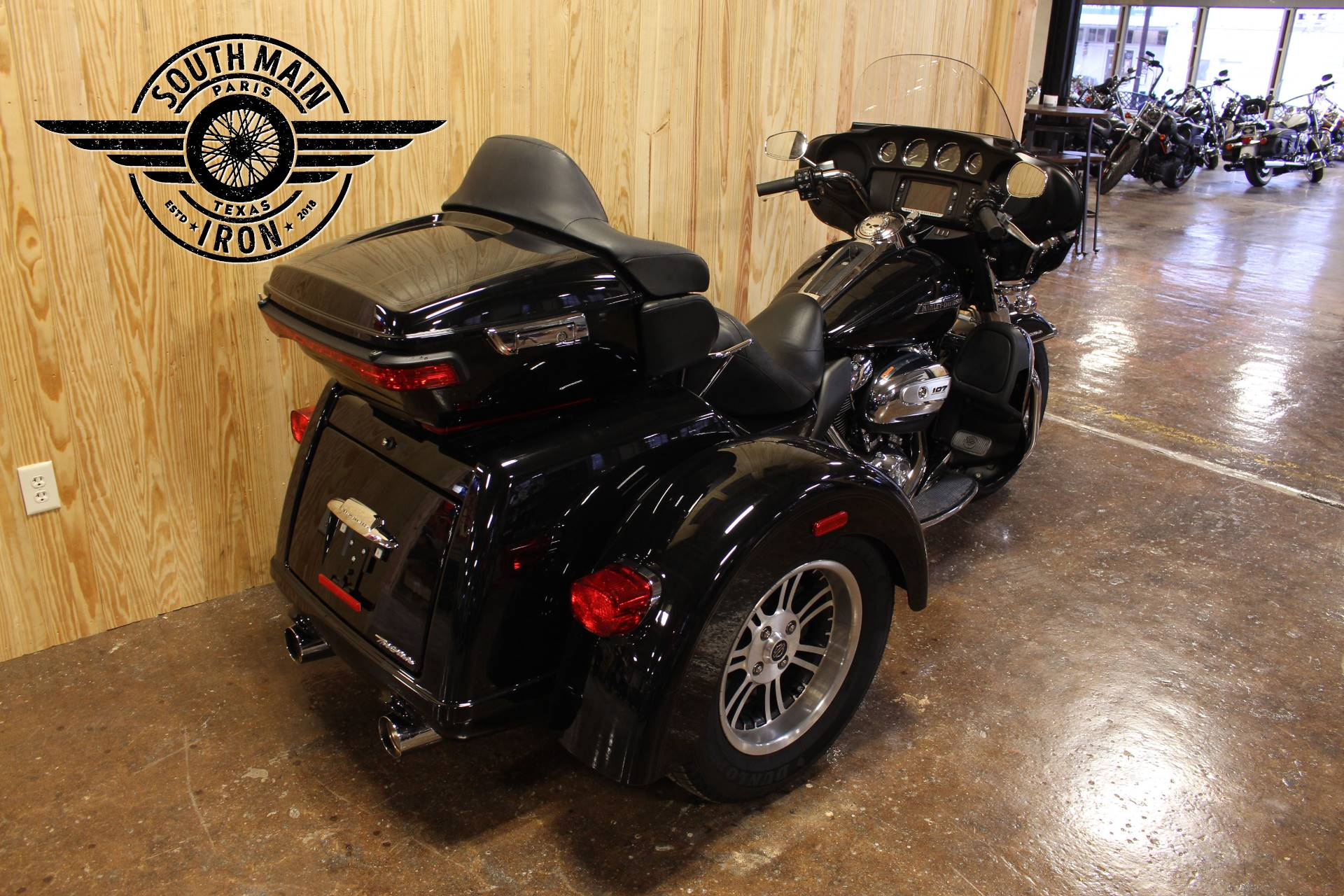 2018 Harley-Davidson Tri Glide® Ultra in Paris, Texas - Photo 3