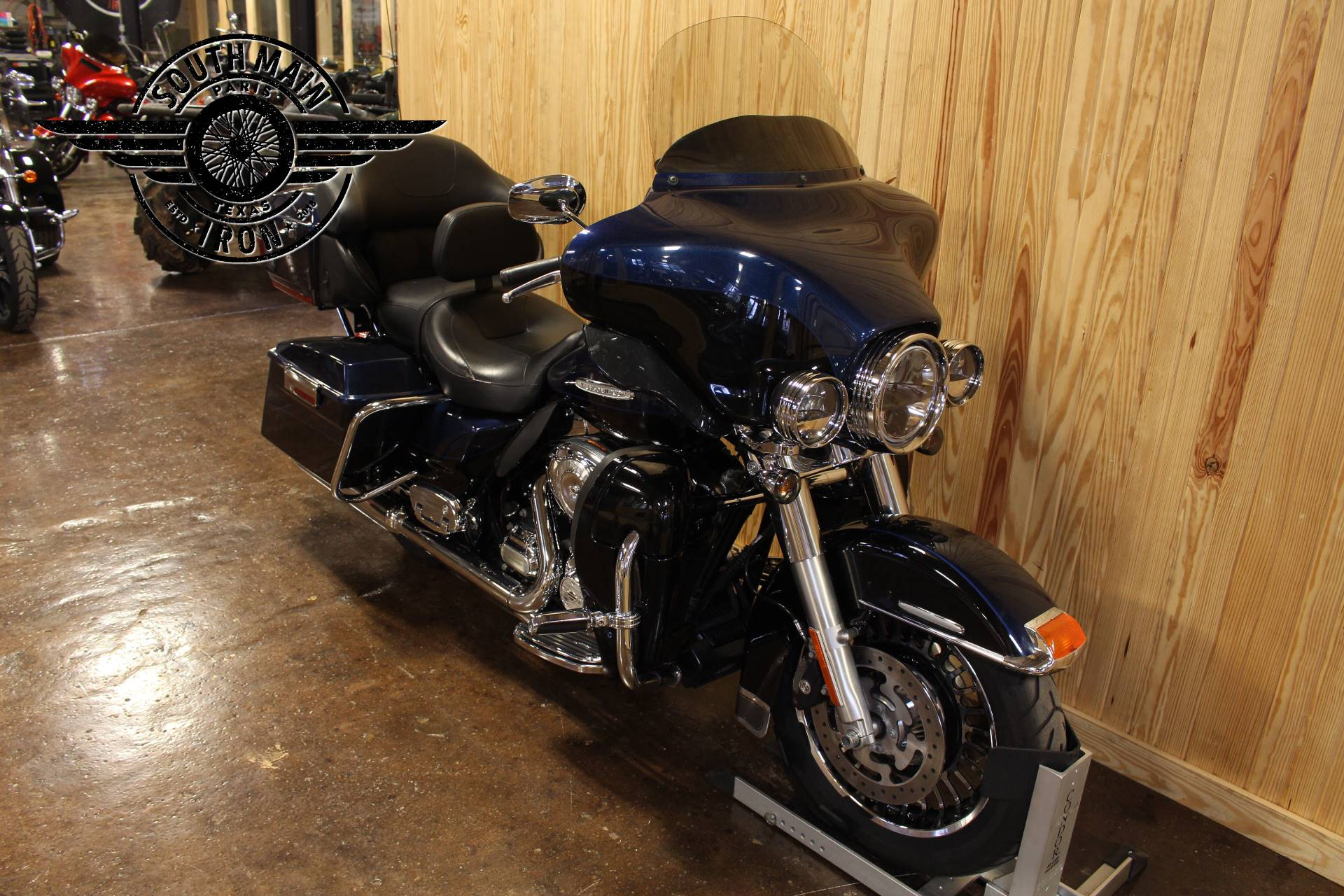 2012 Harley-Davidson Electra Glide® Ultra Limited in Paris, Texas - Photo 2