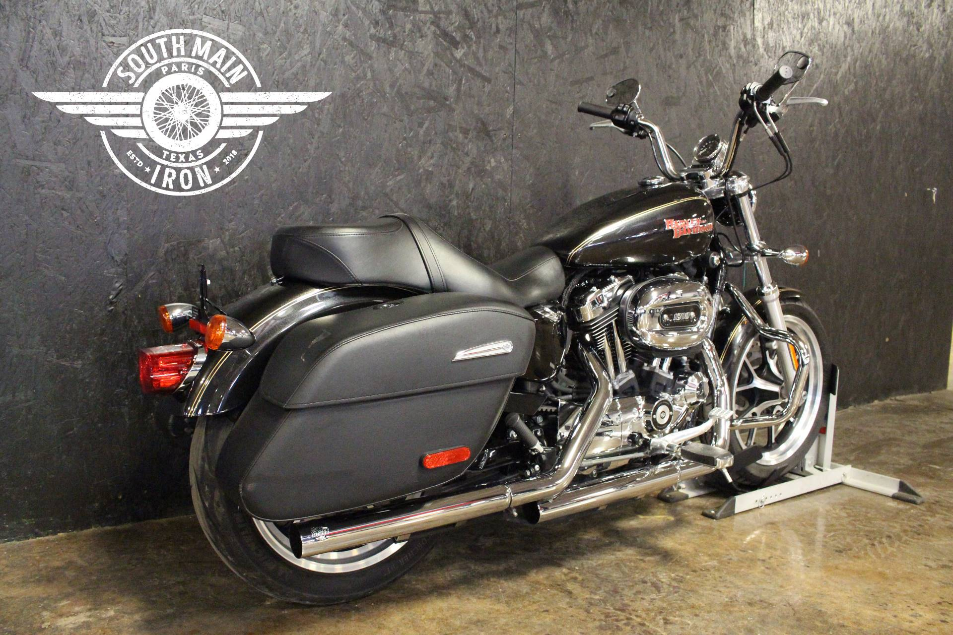 2016 Harley-Davidson XL1200 in Paris, Texas
