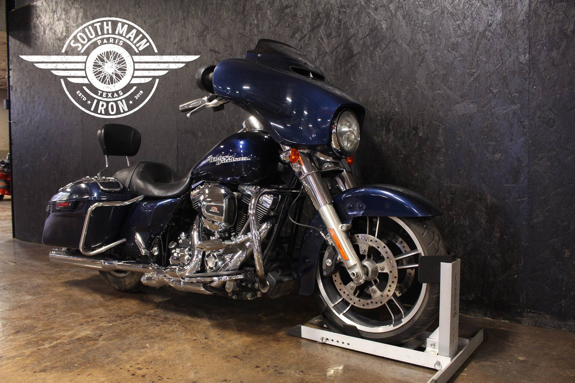 2014 Harley-Davidson Street Glide® in Paris, Texas - Photo 2