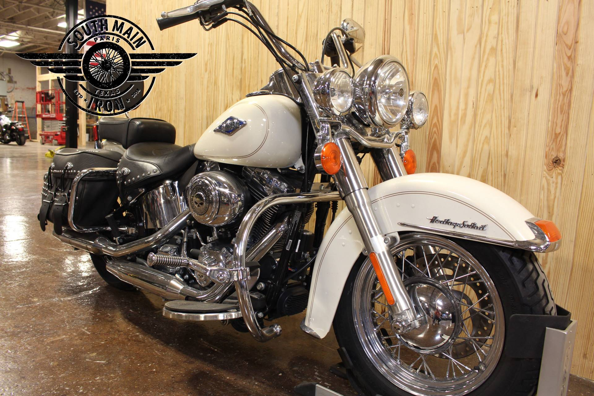 2015 Harley-Davidson Heritage Softail® Classic in Paris, Texas - Photo 4