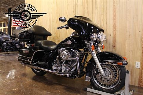 2013 Harley-Davidson Electra Glide® Classic in Paris, Texas - Photo 2