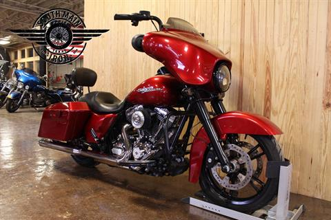 2012 Harley-Davidson Street Glide® in Paris, Texas - Photo 2