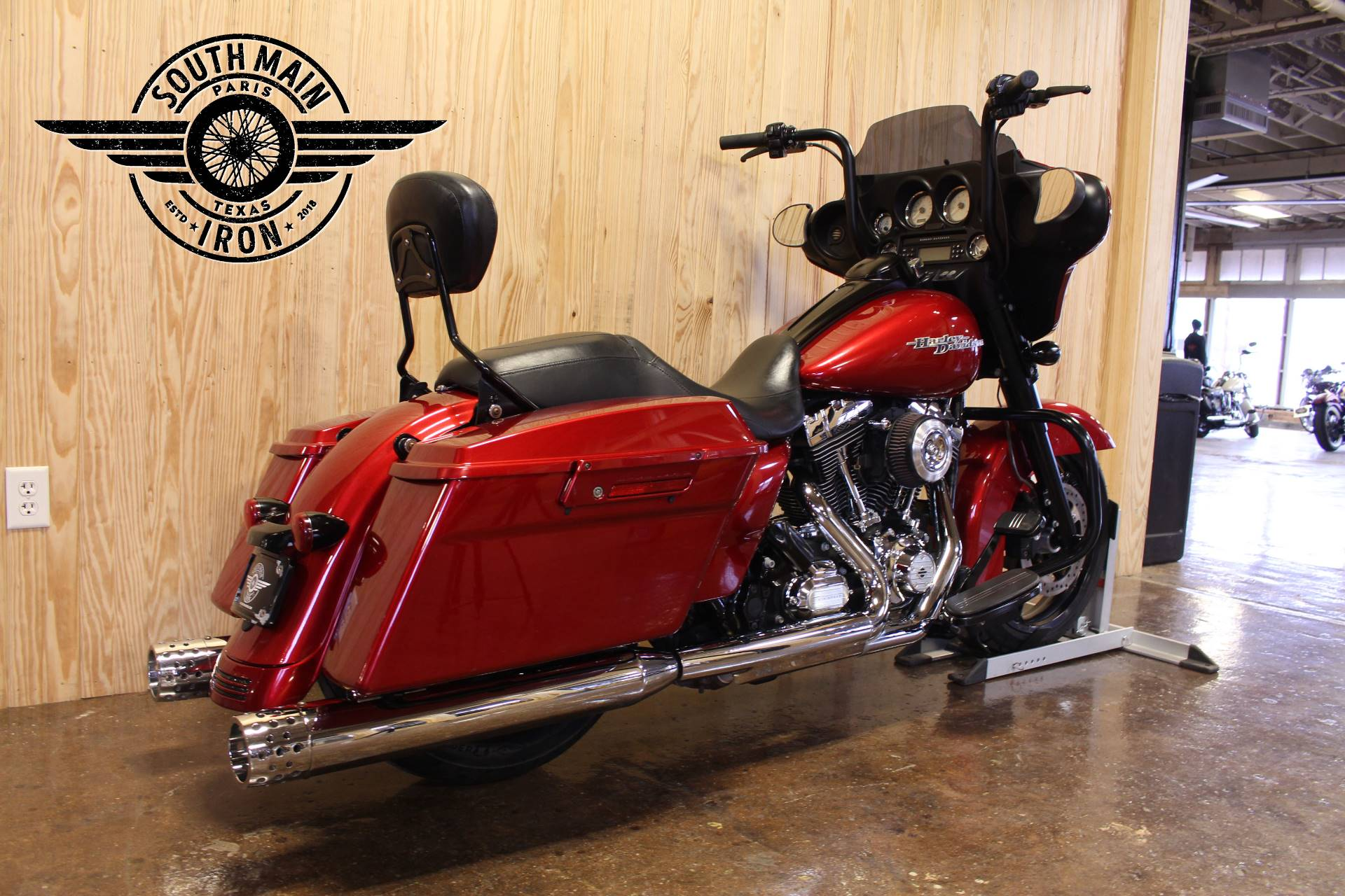 2012 Harley-Davidson Street Glide® in Paris, Texas - Photo 7