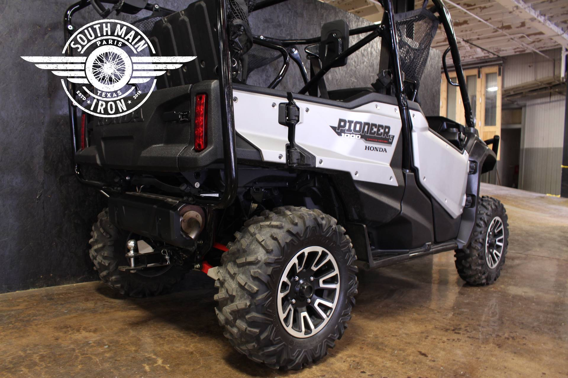 2019 Honda Pioneer 1000-5 LE in Paris, Texas - Photo 5