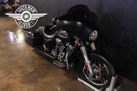2017 Harley-Davidson STREET GLIDE SPECIAL in Paris, Texas - Photo 2