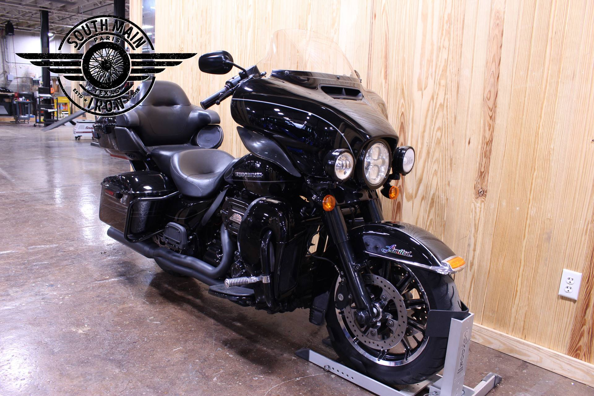 2015 Harley-Davidson Ultra Limited in Paris, Texas - Photo 4