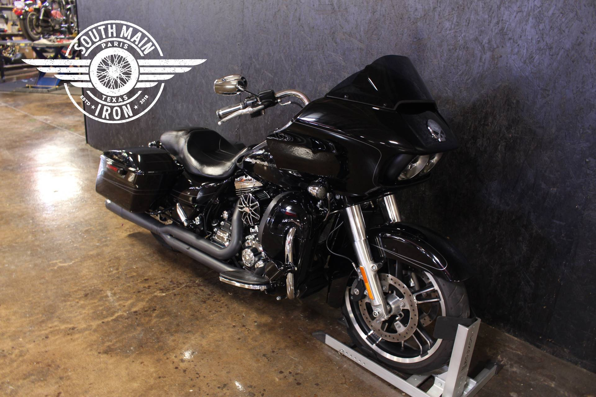 2015 Harley-Davidson Road Glide® Special in Paris, Texas - Photo 2