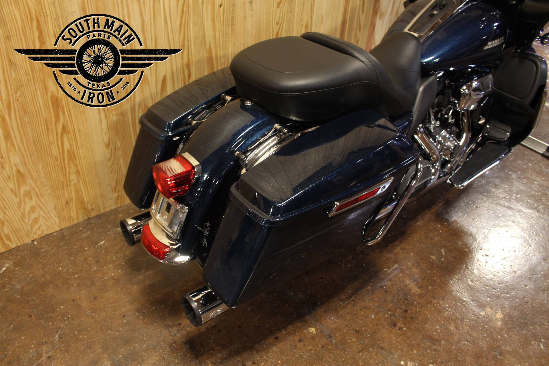 2016 Harley-Davidson Road Glide® Ultra in Paris, Texas - Photo 8