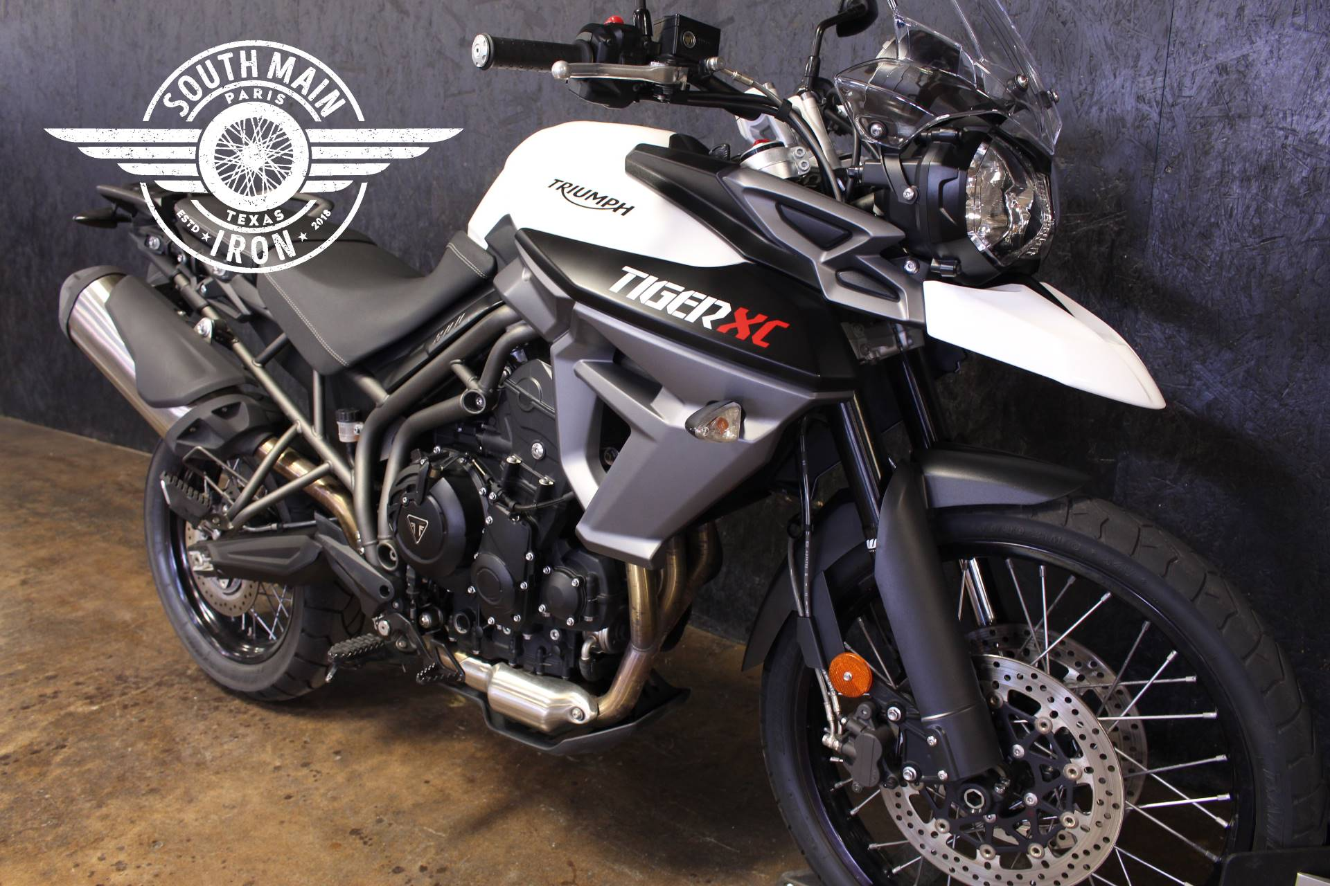 2016 Triumph Tiger 800 XC in Paris, Texas - Photo 4