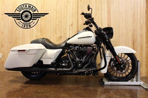 2019 Harley-Davidson Road King® Special in Paris, Texas - Photo 1