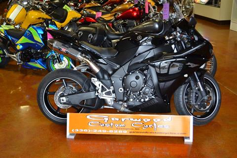 2010 Yamaha R1 in Lexington, North Carolina