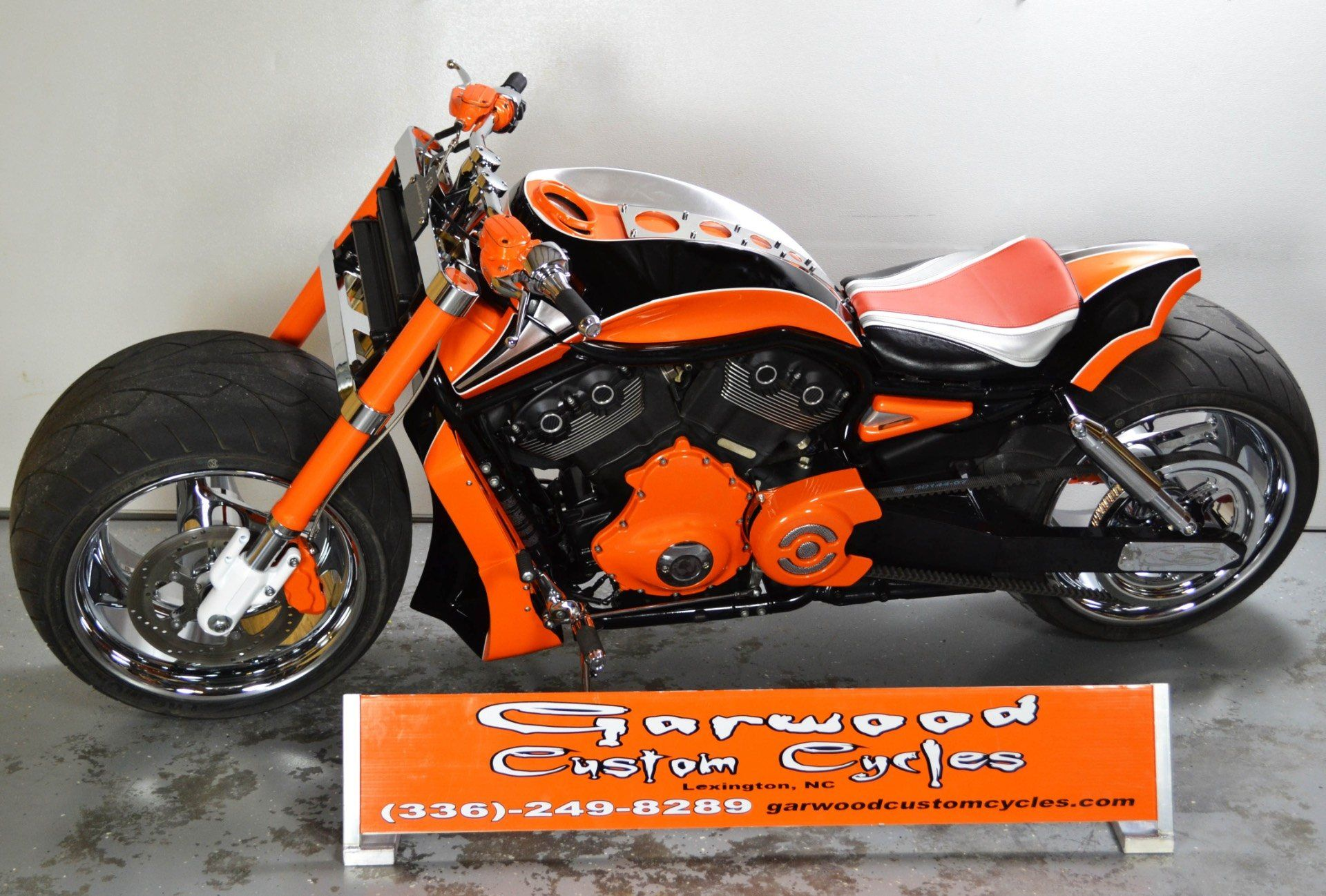 2012 Harley Davidson V-ROD in Lexington, North Carolina - Photo 2