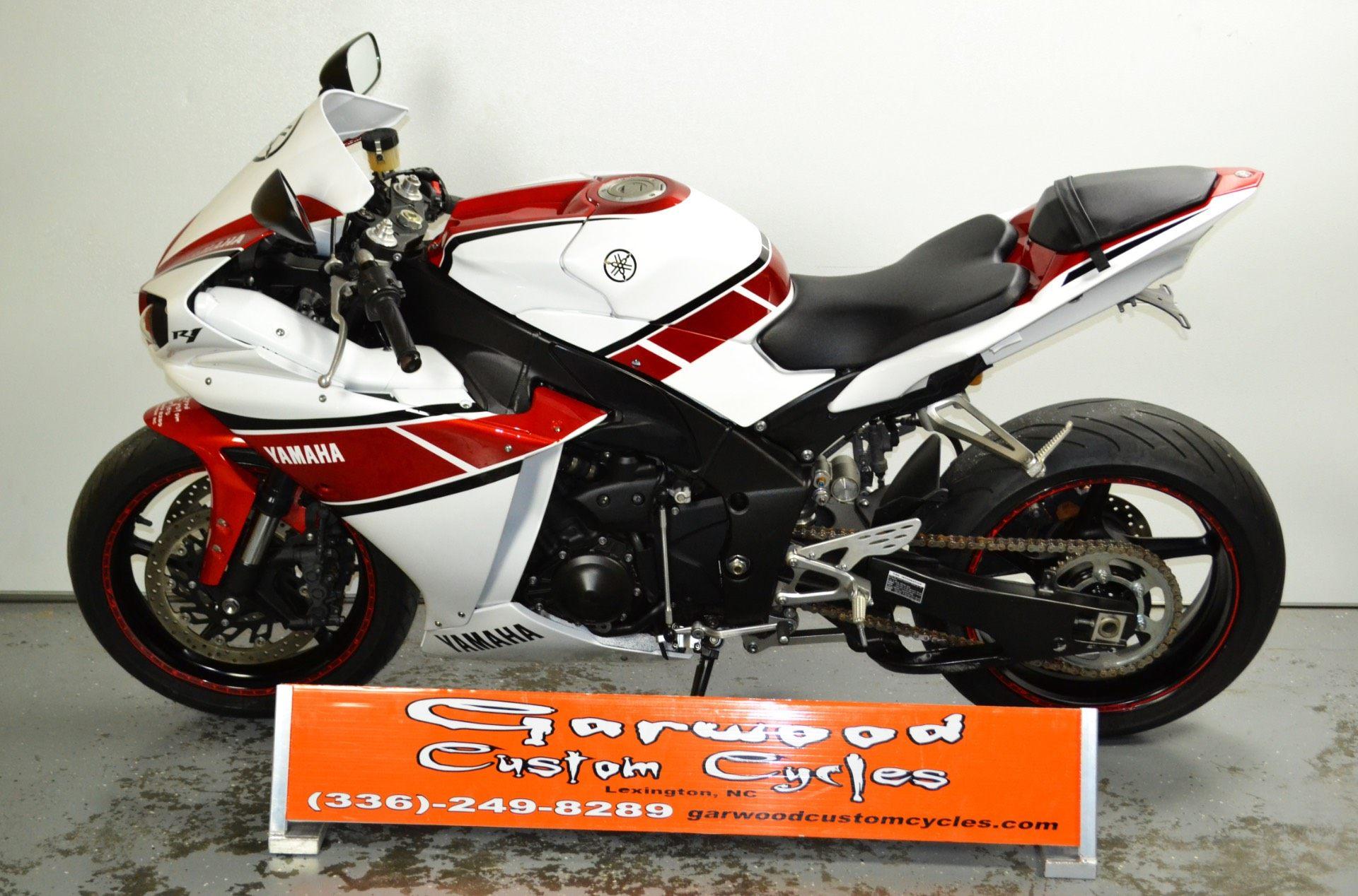 2011 Yamaha YZF-R1 in Lexington, North Carolina