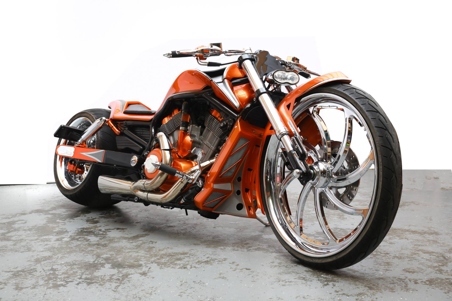2013 Harley Davidson V-ROD MUSCLE in Lexington, North Carolina - Photo 3