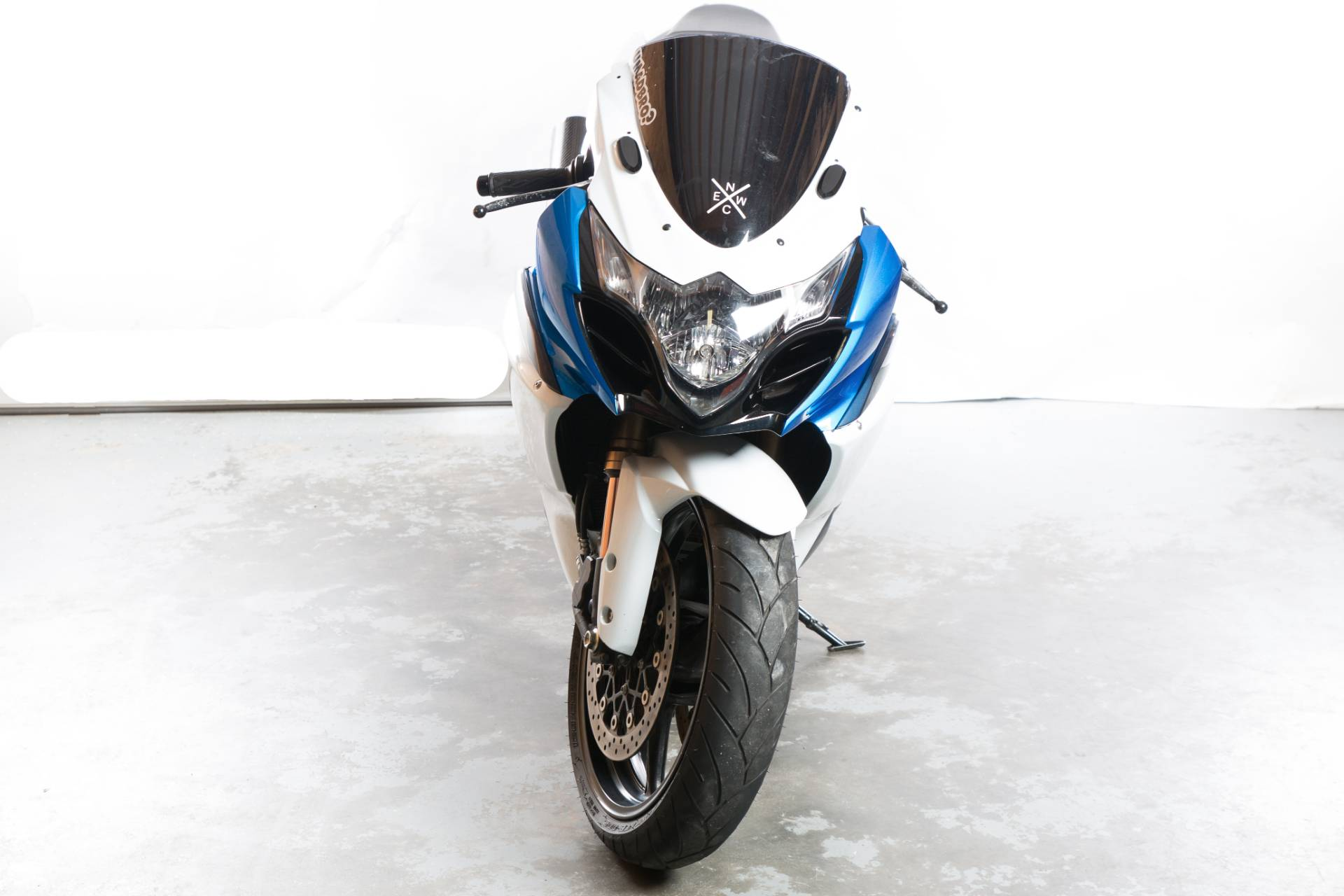 2011 Suzuki GSX-R1000 in Lexington, North Carolina - Photo 4