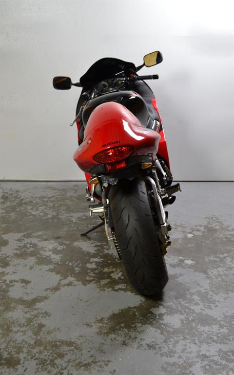 2005 Suzuki GSX-1300R in Lexington, North Carolina
