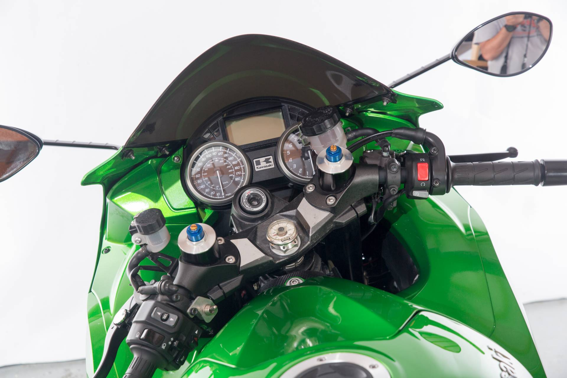 2013 Kawasaki Ninja® ZX™-14R in Lexington, North Carolina