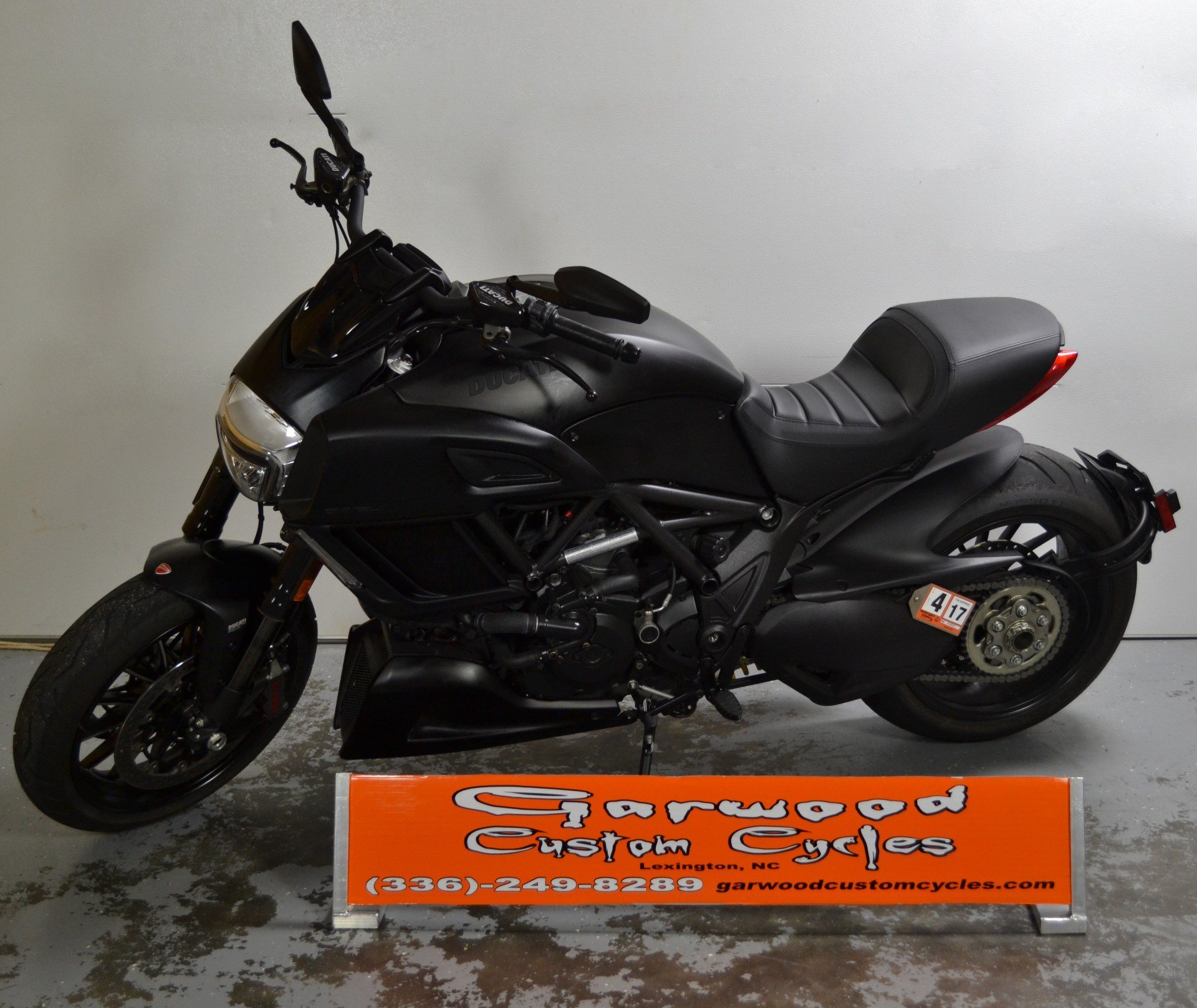2016 Ducati DIAVEL in Lexington, North Carolina