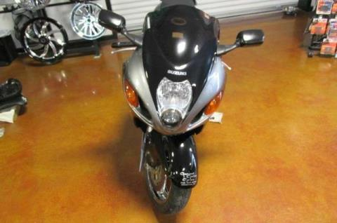 2001 Suzuki GSX-1300R in Lexington, North Carolina