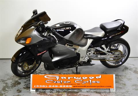 2001 Suzuki GSX-1300R in Lexington, North Carolina