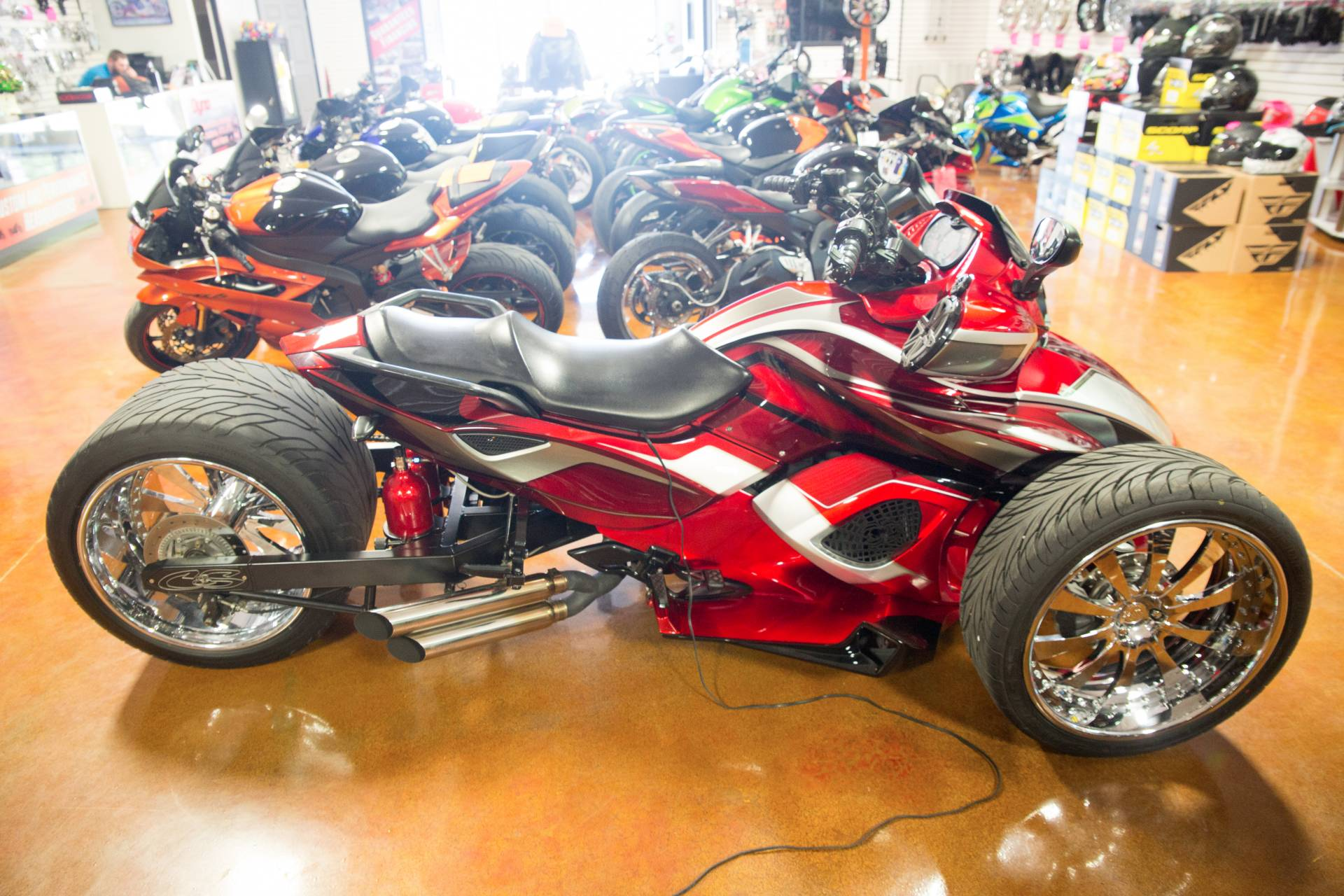 2010 Can-Am Spyder® RS SE5 in Lexington, North Carolina - Photo 1