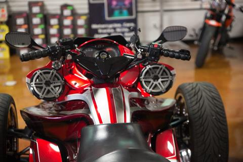 2010 Can-Am Spyder® RS SE5 in Lexington, North Carolina - Photo 2