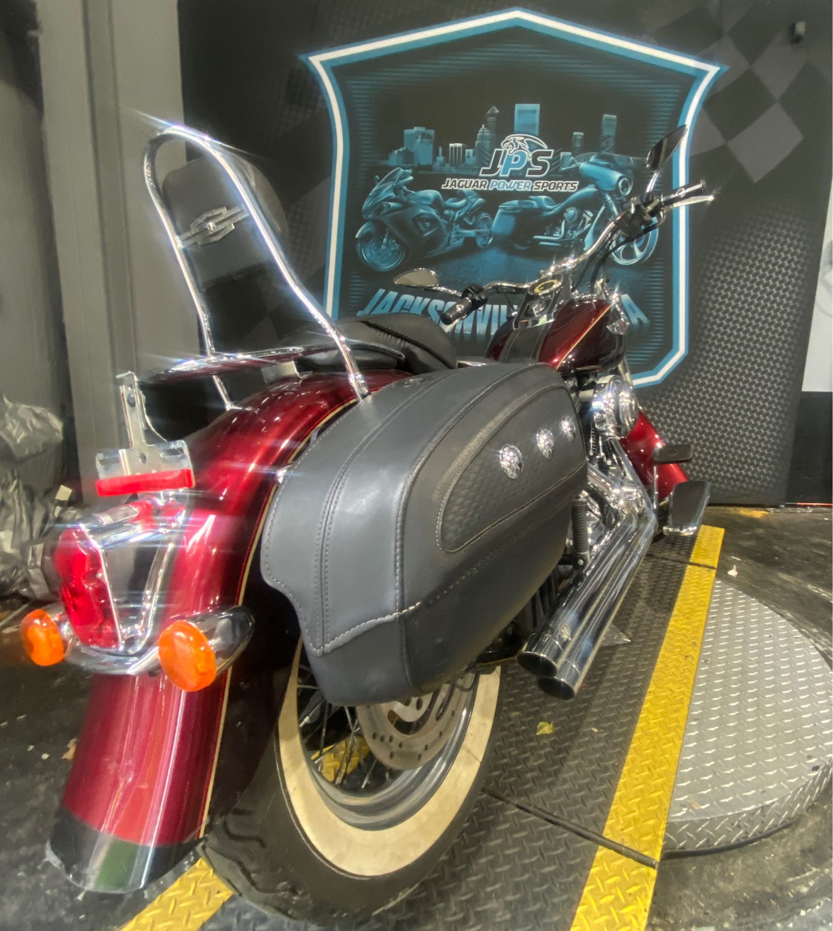 2015 Harley-Davidson Softail® Deluxe in Jacksonville, Florida - Photo 5