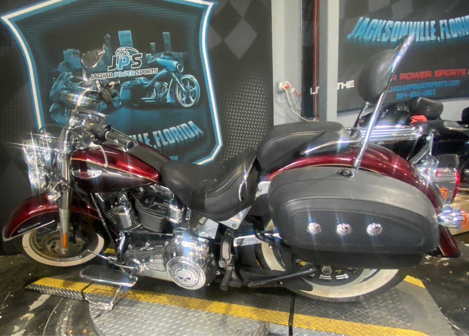 2015 Harley-Davidson Softail® Deluxe in Jacksonville, Florida - Photo 8