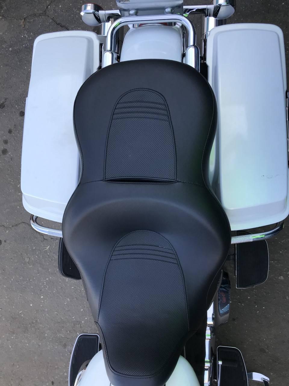 2008 Harley-Davidson FLHR 7