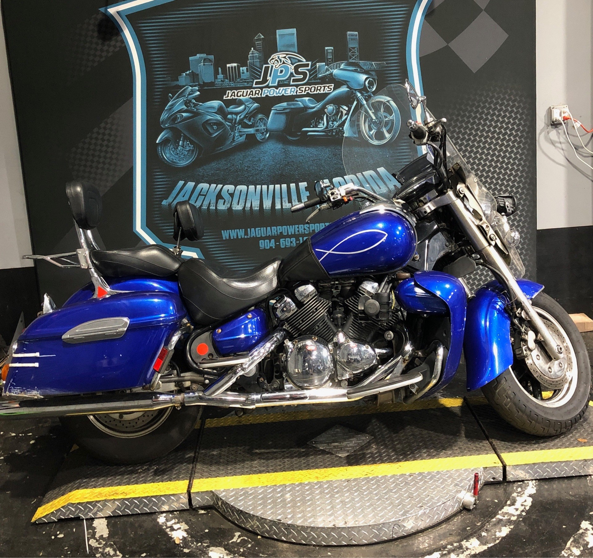2005 Yamaha Royal Star® Tour Deluxe in Jacksonville, Florida - Photo 9