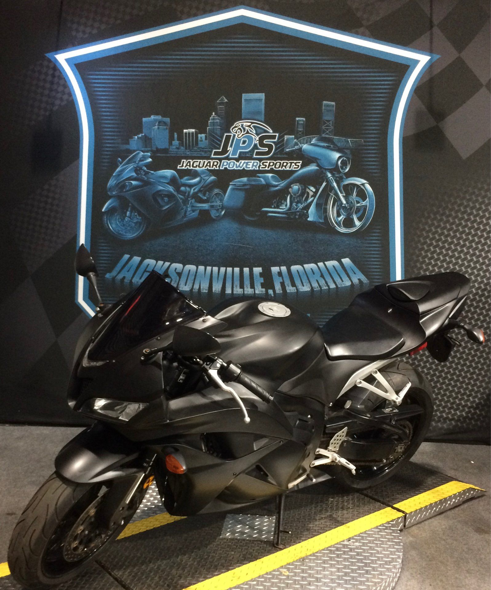 2009 Honda CBR®600RR in Jacksonville, Florida - Photo 6