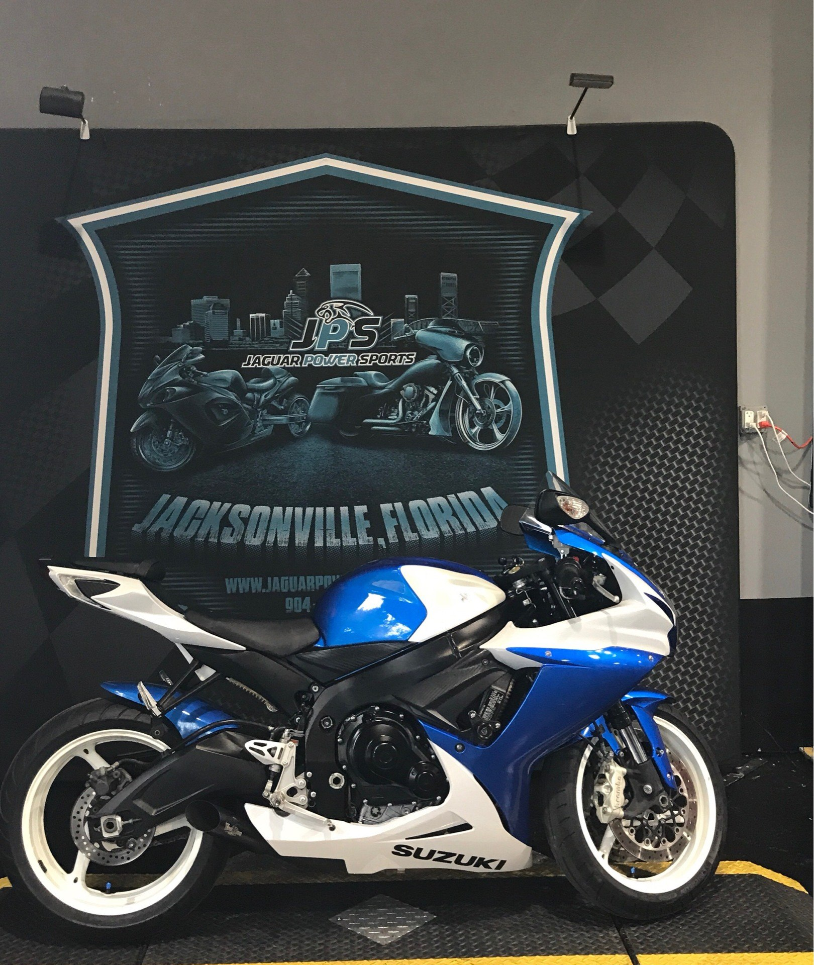 2013 Suzuki GSX-R600™ in Jacksonville, Florida - Photo 4