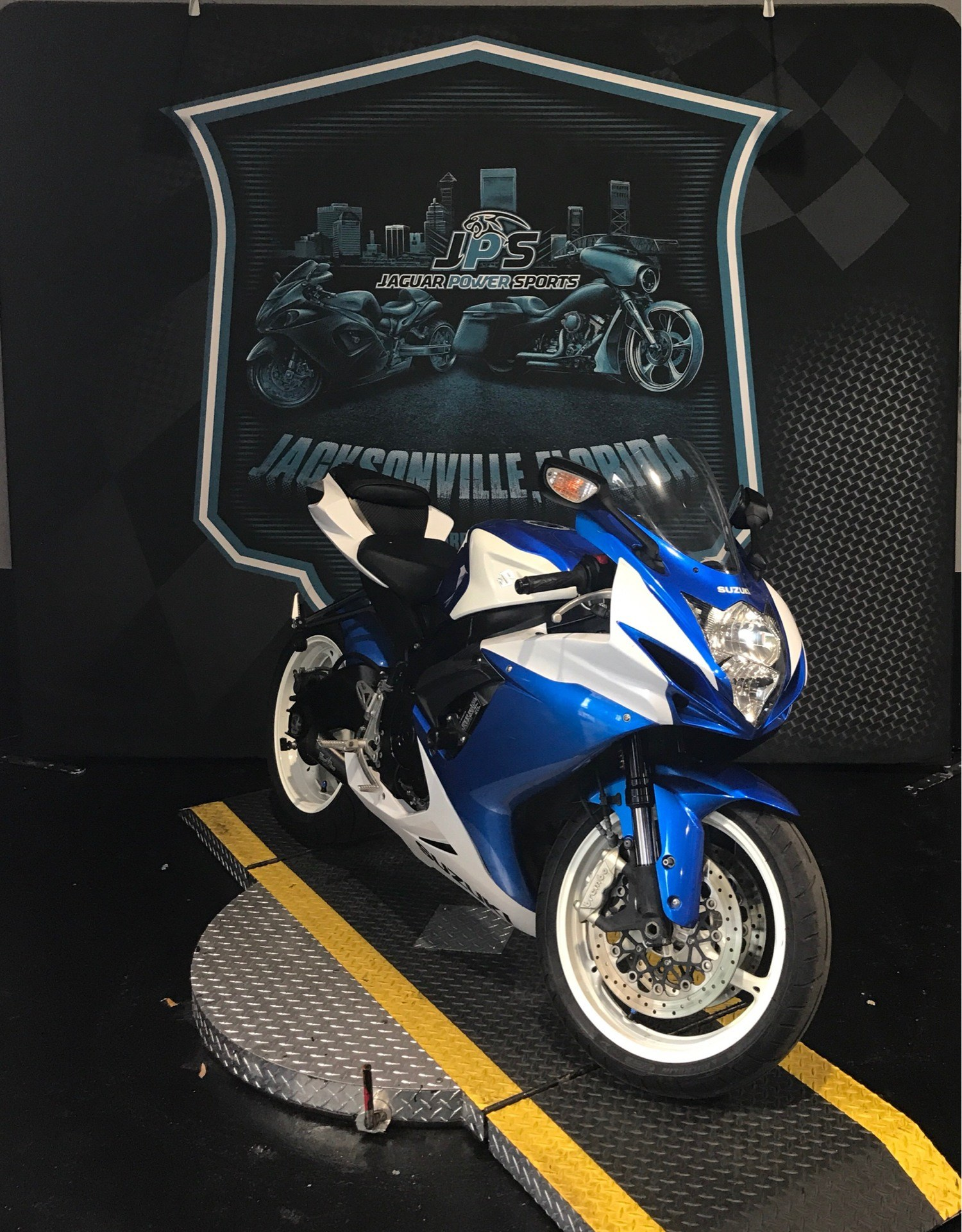 2013 Suzuki GSX-R600™ in Jacksonville, Florida - Photo 5