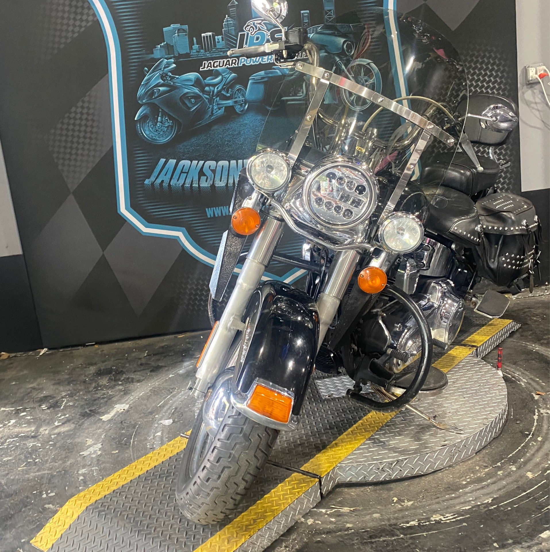 2014 Harley-Davidson Heritage Softail® Classic in Jacksonville, Florida - Photo 5