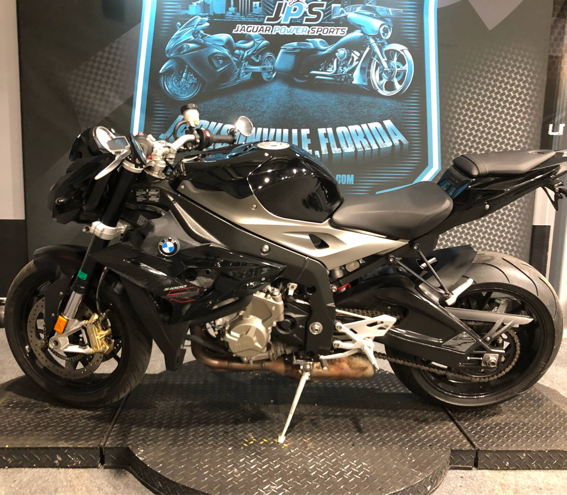 2015 BMW S 1000 R in Jacksonville, Florida - Photo 4