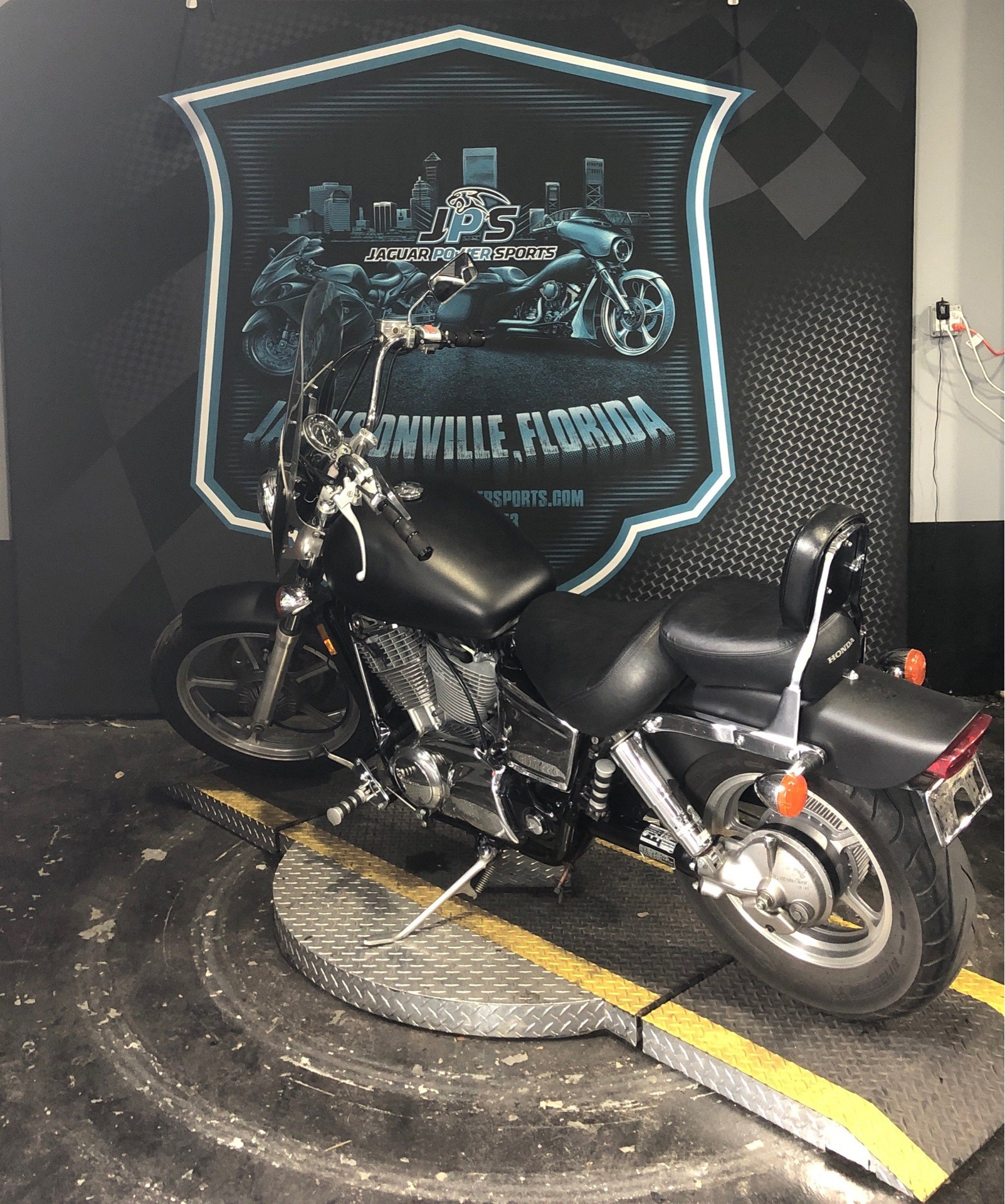 2004 Honda Shadow Spirit in Jacksonville, Florida - Photo 7