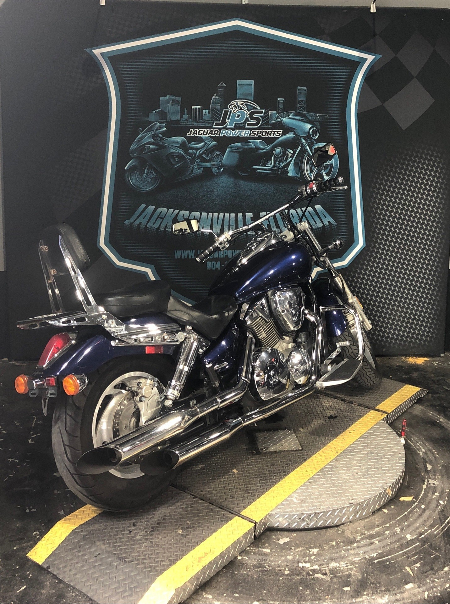2004 Honda Shadow Spirit in Jacksonville, Florida - Photo 9