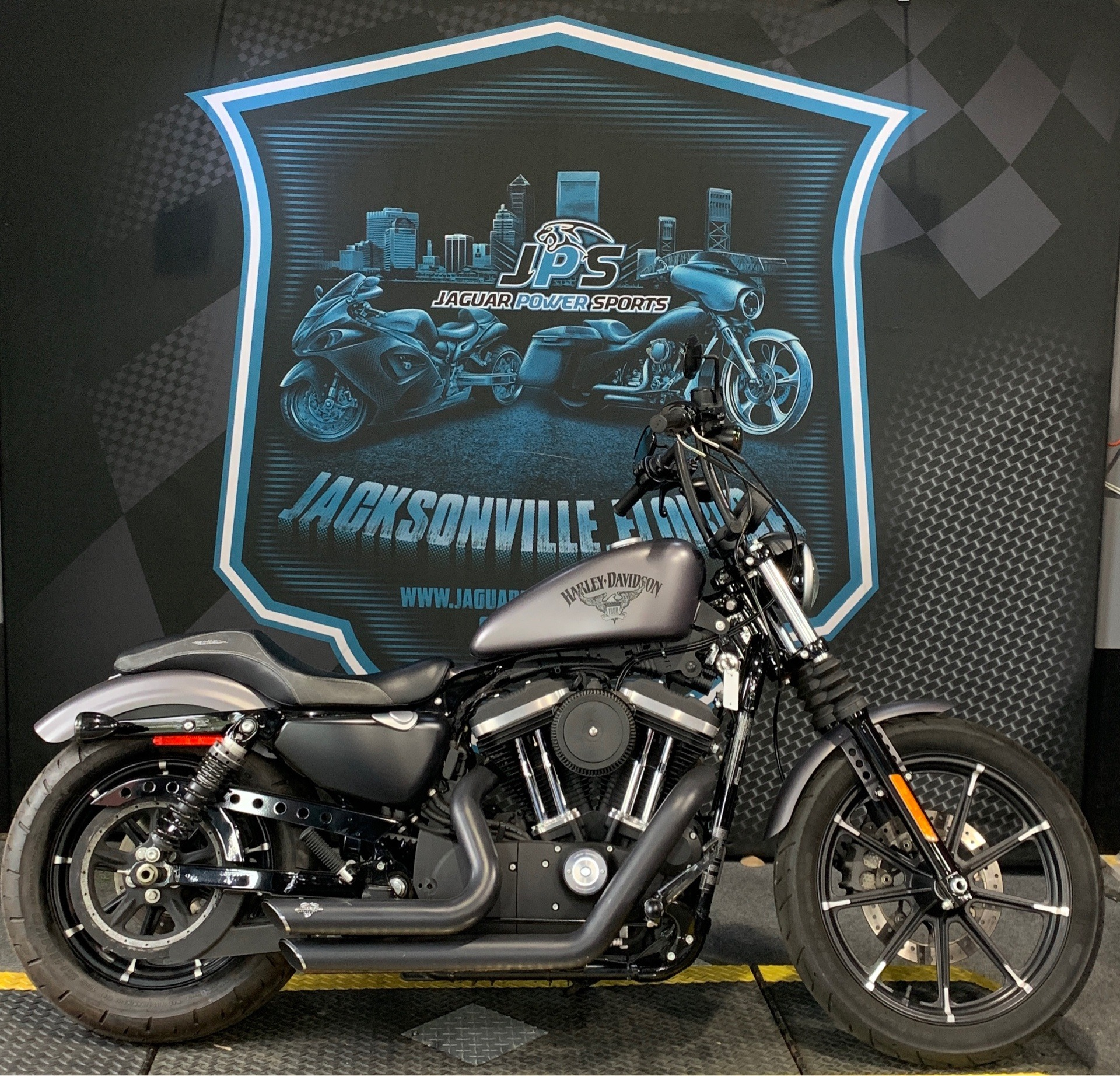 2017 Harley-Davidson Iron 883™ in Jacksonville, Florida - Photo 1
