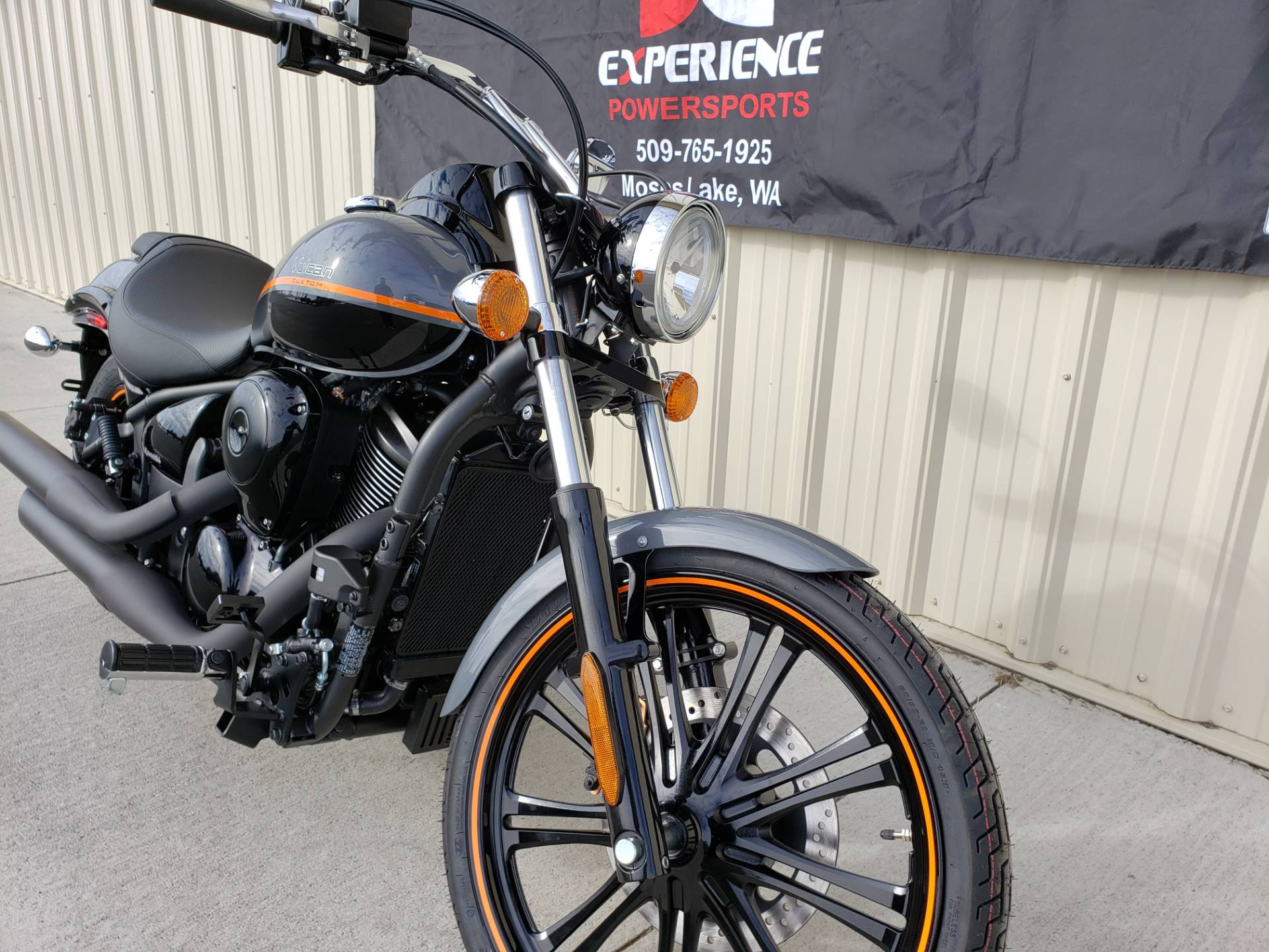 2019 Kawasaki Vulcan 900 Custom in Moses Lake, Washington - Photo 2