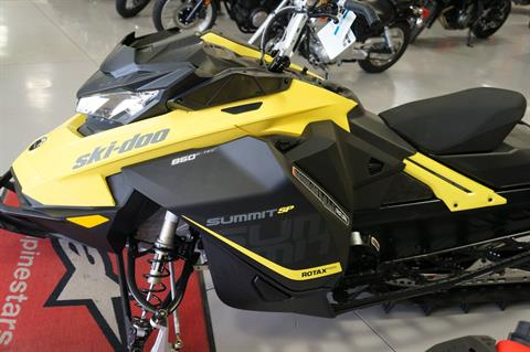 "2017 Ski-Doo Summit SP 165 850 E-TEC, PowderMax 3.0"" in Moses Lake, Washington"