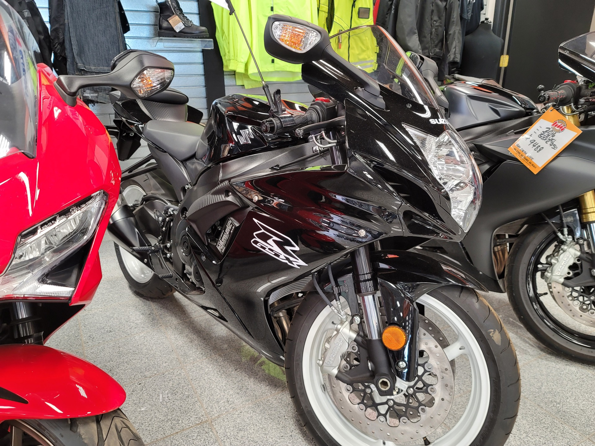 2019 Suzuki GSX-R600 in Marietta, Ohio - Photo 1