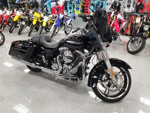 2016 Harley-Davidson Street Glide® in Marietta, Ohio - Photo 1