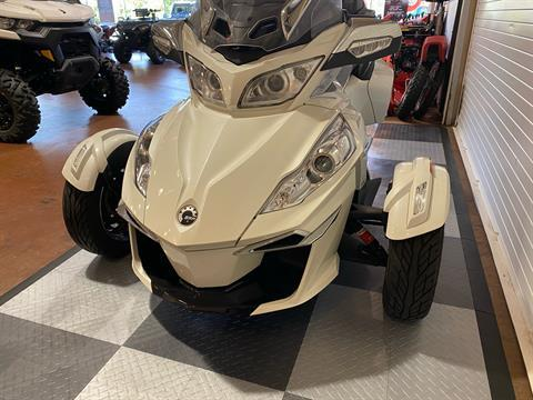 2017 Can-Am Spyder RT Limited in Massapequa, New York - Photo 15
